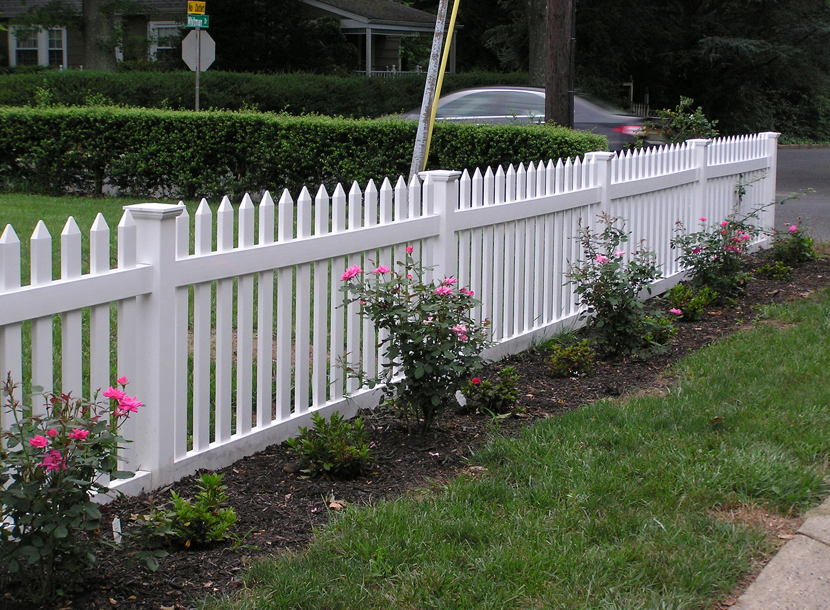 "4 Vinyl Picket Fence Chelseaâ""¢"