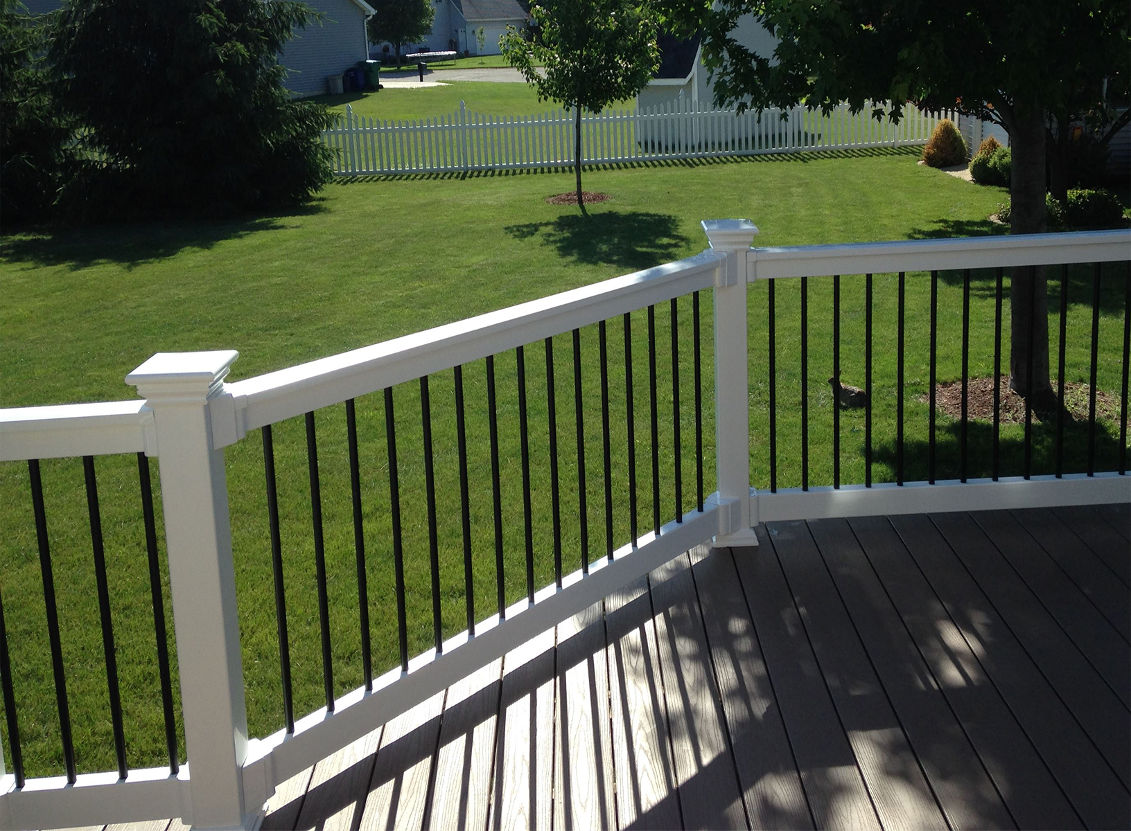 "36"" Vinyl Railing The Wiltshire™"