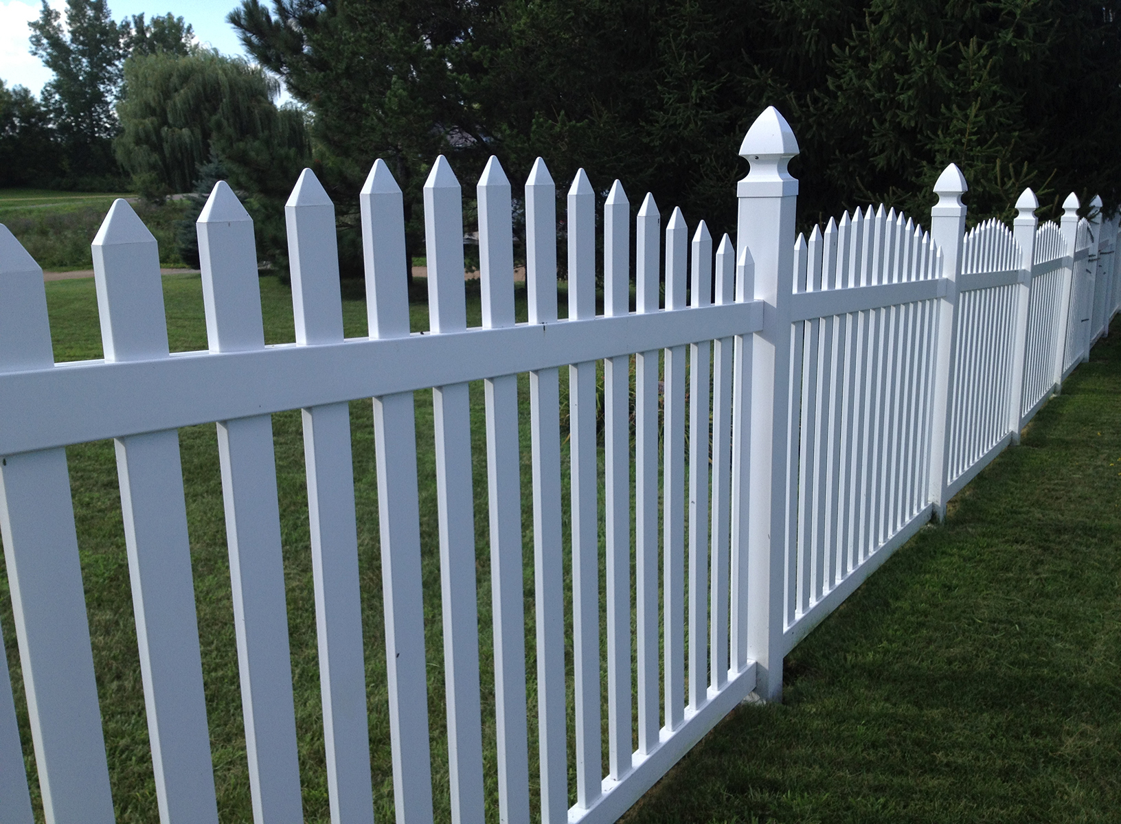 "4 PVC Picket Fencing Sanibelâ""¢"