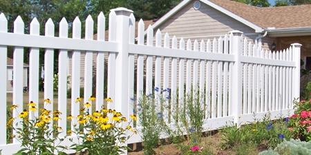 Hampshire™ Picket Fence