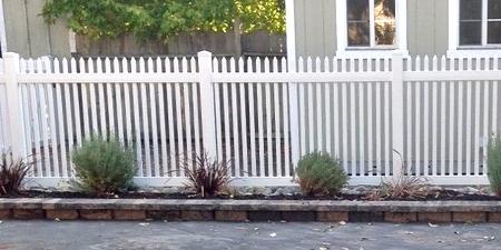 Hartford™ Picket Fence