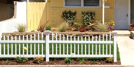 Stratford™ Picket Fence