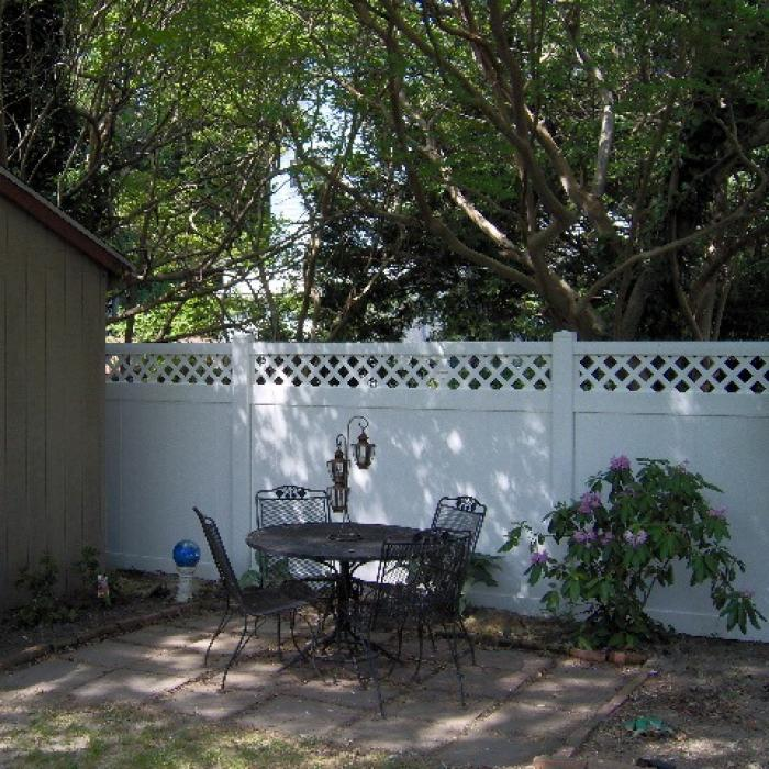 Ashton Privacy Fence - 7' High