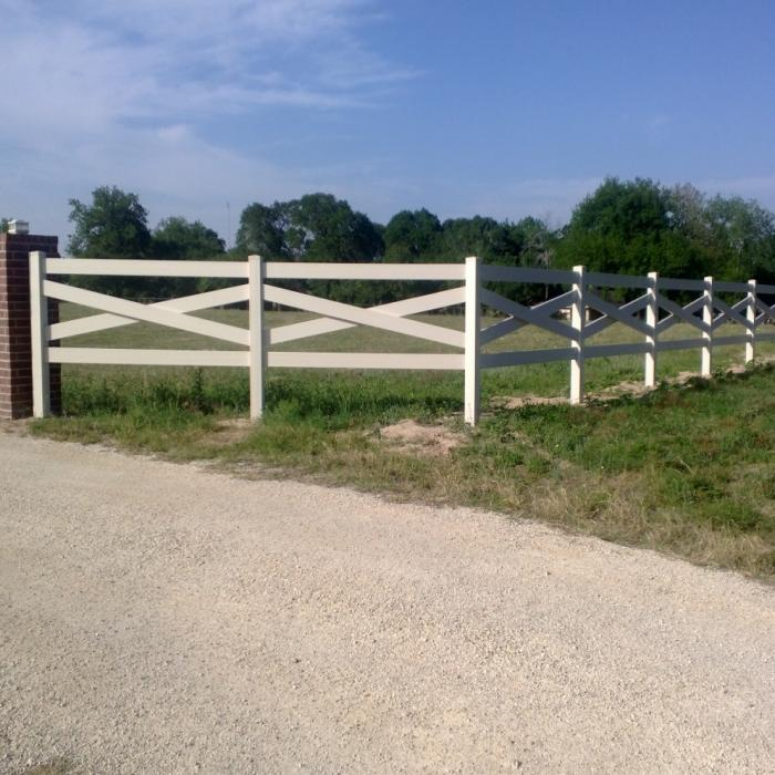 Vinyl Horse Fence - Cross Buck Horse Fence
