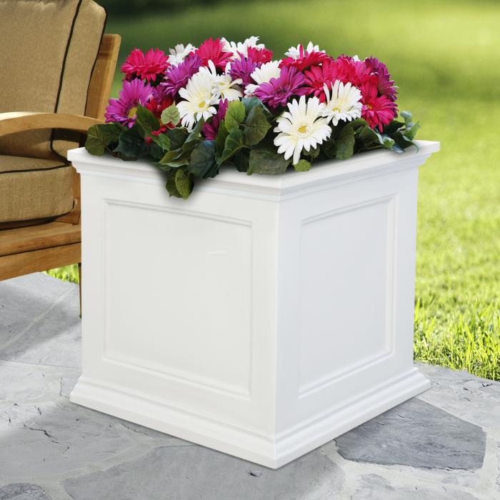 "Planters - Fairfield 20""x20"""