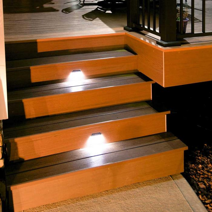 Low Voltage Deck and Rail Lighting - Stair/Side Light