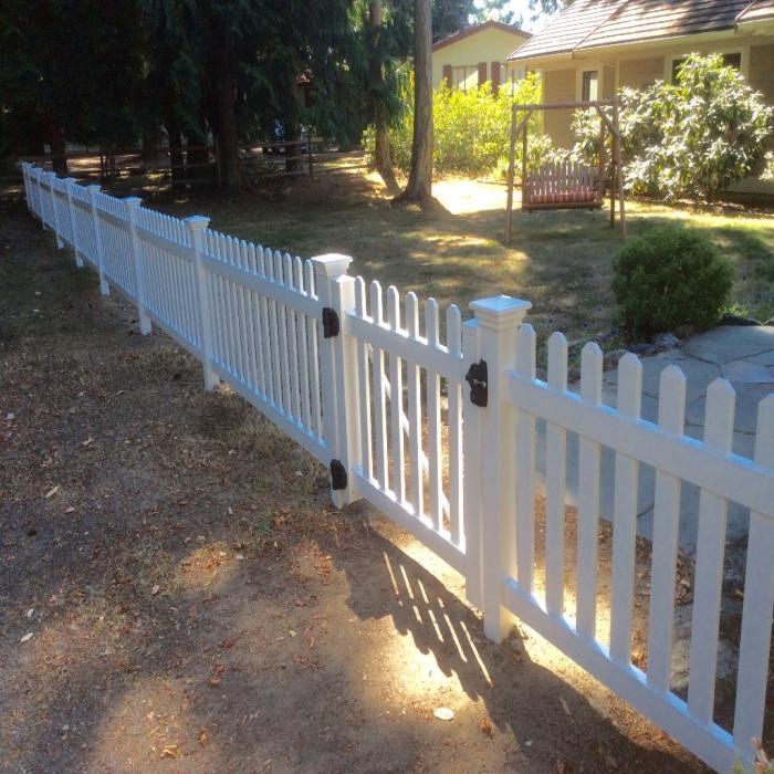 3 Chelsea Vinyl Picket Fence Weatherables